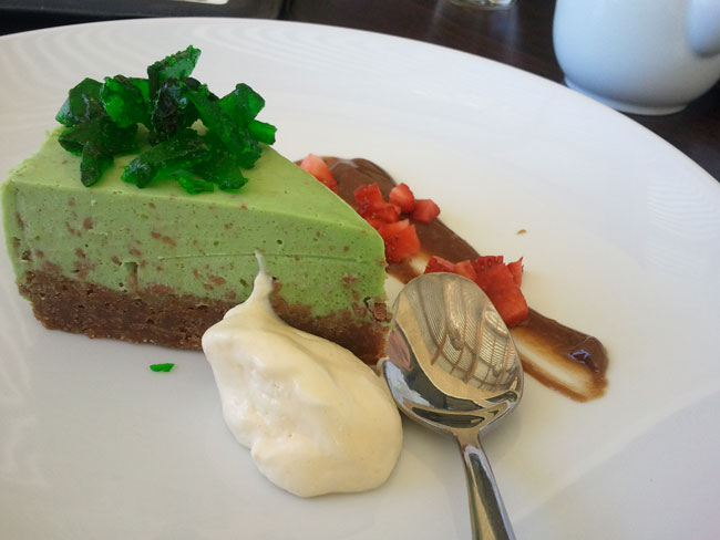 Mint and chocolate cheesecake